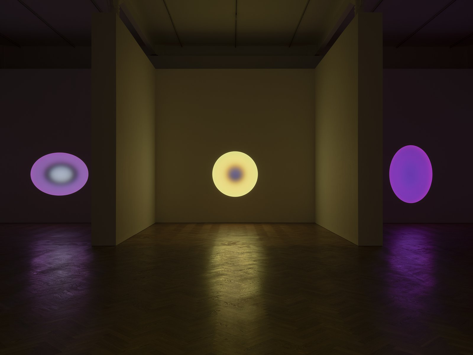 James-Turrell-Pace-Gallery-London.-Courtesy-James-Turrell-Photo-Damian-Griffiths