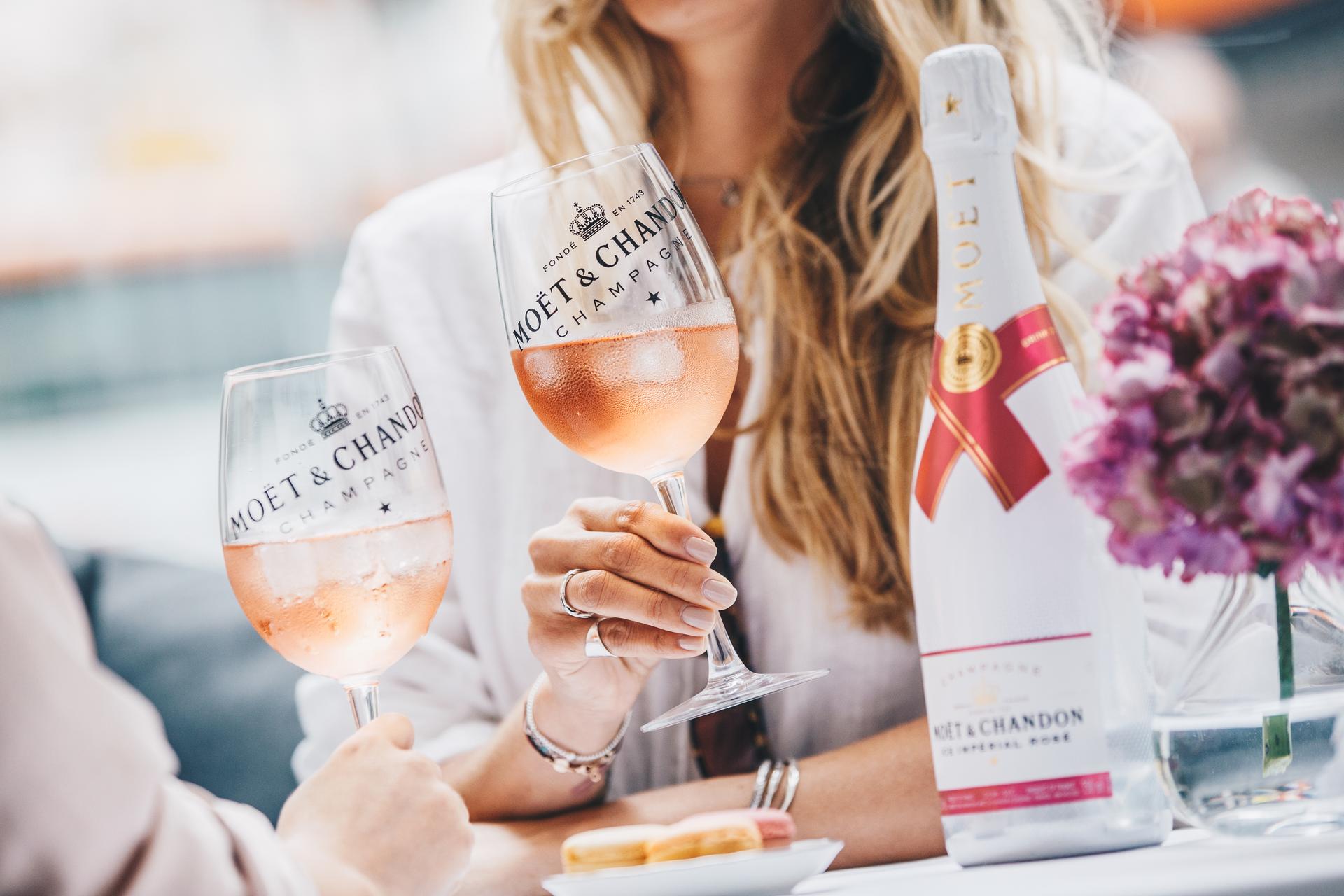 Moët & Chandon Ice Imperérial Rosè:«Un flûte di Champagne con ghiaccio per favore!»