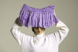 Arianna di Maio, il talento della moda che lavora la maglia